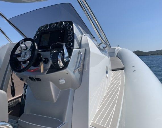 boat sacs 11 console