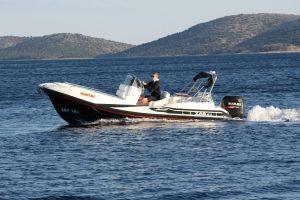rent a boat zar formenti 61 suite Biograd