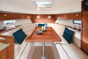 bavaria-29-sport-interior-2