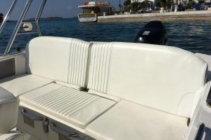 rent a boat zar formenti 57 well deck